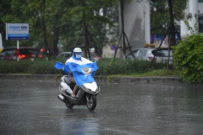 Thời tiết ngày 17/4: Cả nước có mưa, Tây Nguyên và Nam Bộ đề phòng lốc, sét, mưa đá