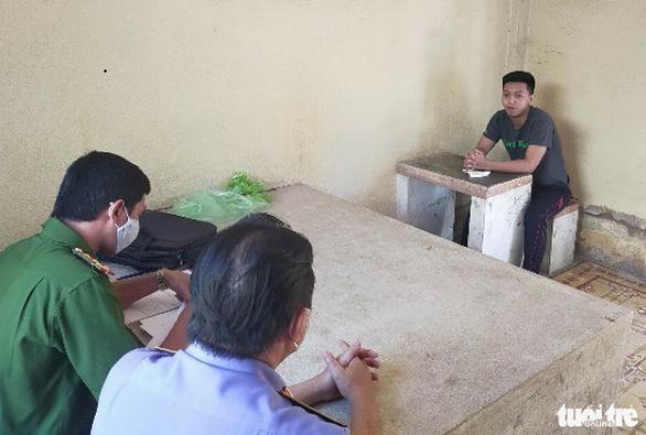 Tiền Giang: Bắt giam thanh niên đâm chết người tại quán cà phê