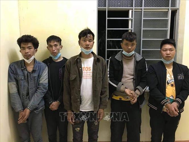 Long An: Bắt giữ 5 người Trung Quốc nhập cảnh trái phép